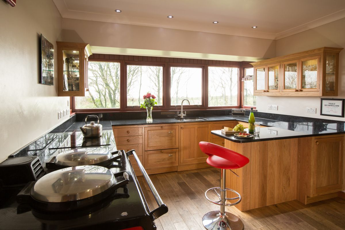 oak country kitchens.  Country To Oak Country Kitchens